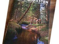 Bild på tidningen Islandshästen ett omslag med en å som rinner genom en skog